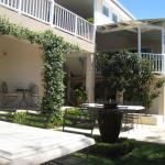 brezzabellabandb-merewether-short-break-accommodation